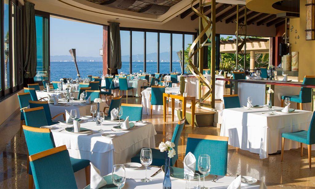 blancablue-ocean-front-restaurant